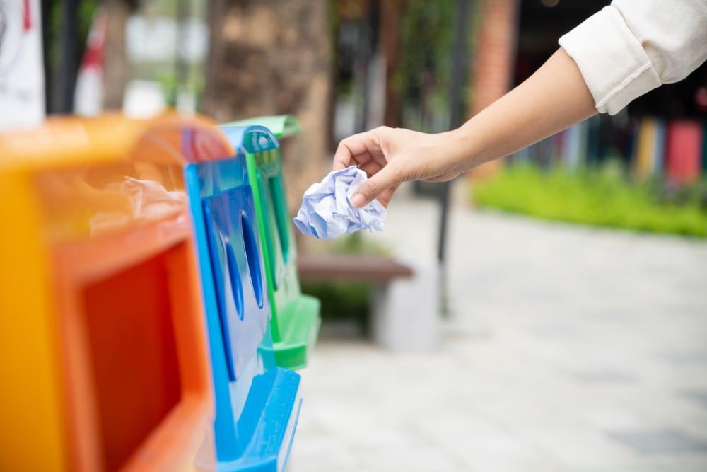 como-separar-o-lixo-reciclagem-cores-loft